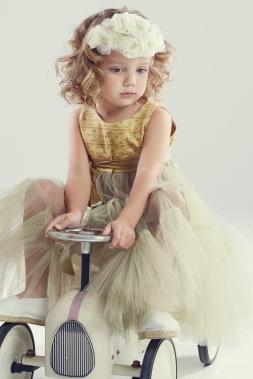 Novelle novias, traje arras . Foto: Artefoto Style