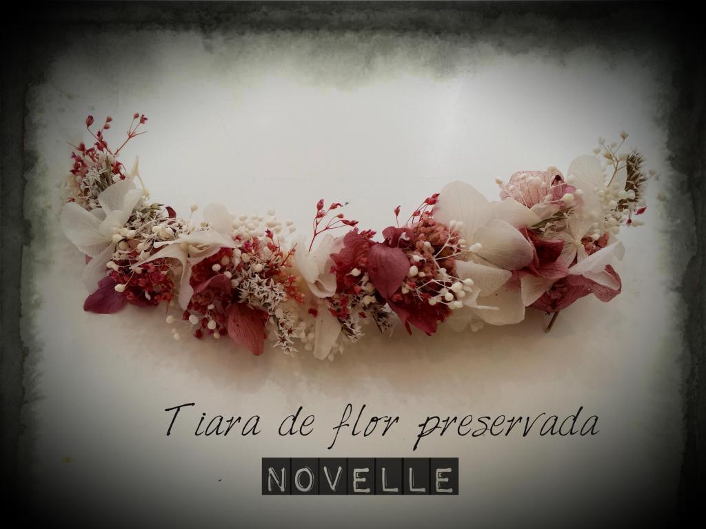 Novelle Novias-Tiara flor preservada