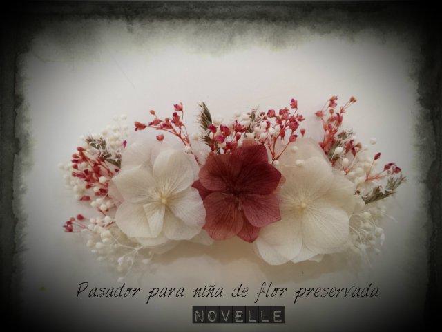 Novelle Novias-Pasador-tocado flor preservada