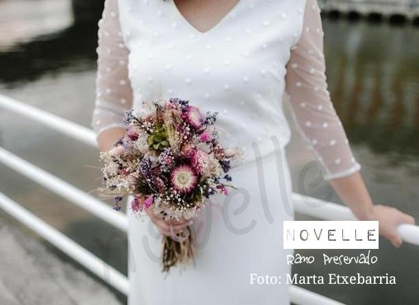 novelle novias -  ramo preservado nerea  - foto: Marta Etxebarria